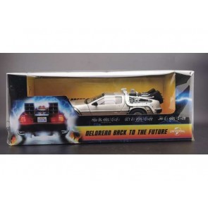 "1:18 DMC Delorean ""Back to the Future"""