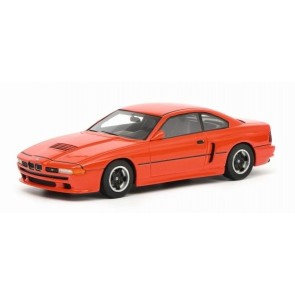 1:18 BMW M8 Coupe 1990 Rood