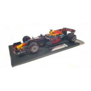 1:18 Aston Martin Red Bull RB13, Max Verstappen 'Winner Grand Prix Mexico 2017'