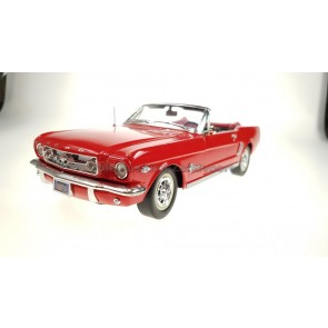 1:18 Ford Mustang Convertible