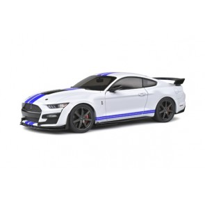 1:18 Ford Mustang GT500 Fast Track