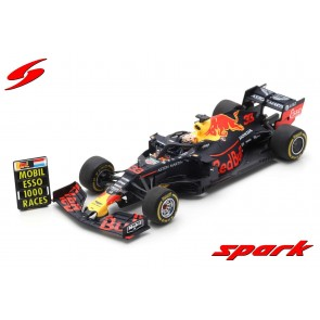 1:18 Aston Martin Red Bull Racing RB15 Max Verstappen 'Chinese GP 2019' SPARK